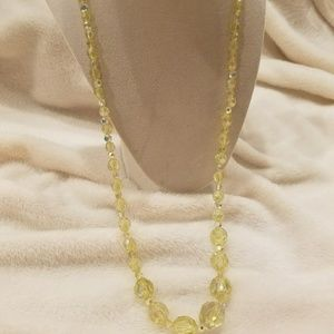 💛Yellow Beaded Necklace